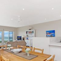 Spectacular views of East Beach from the lounge and kitchen / dining areas